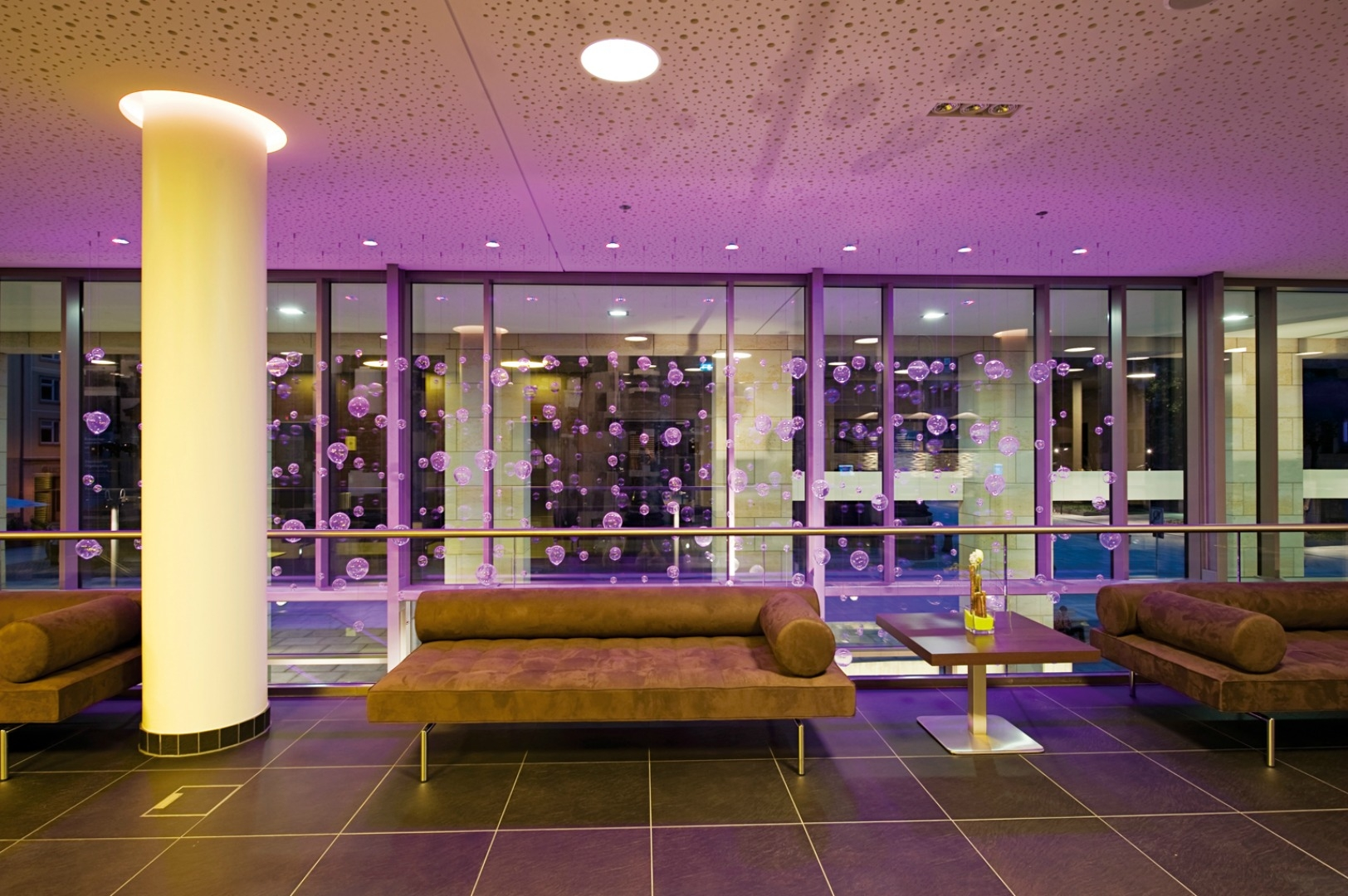 208121 nh%20collection%20dresden%20altmarkt%20 %20lobby%20and%20reception ab8a8c original 1463059770