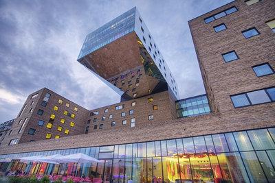 267723 nhowberlin nh hotel group facade f4b042 medium 1513085320