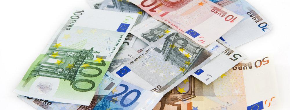 160307 euros c00df4 large 1427120834