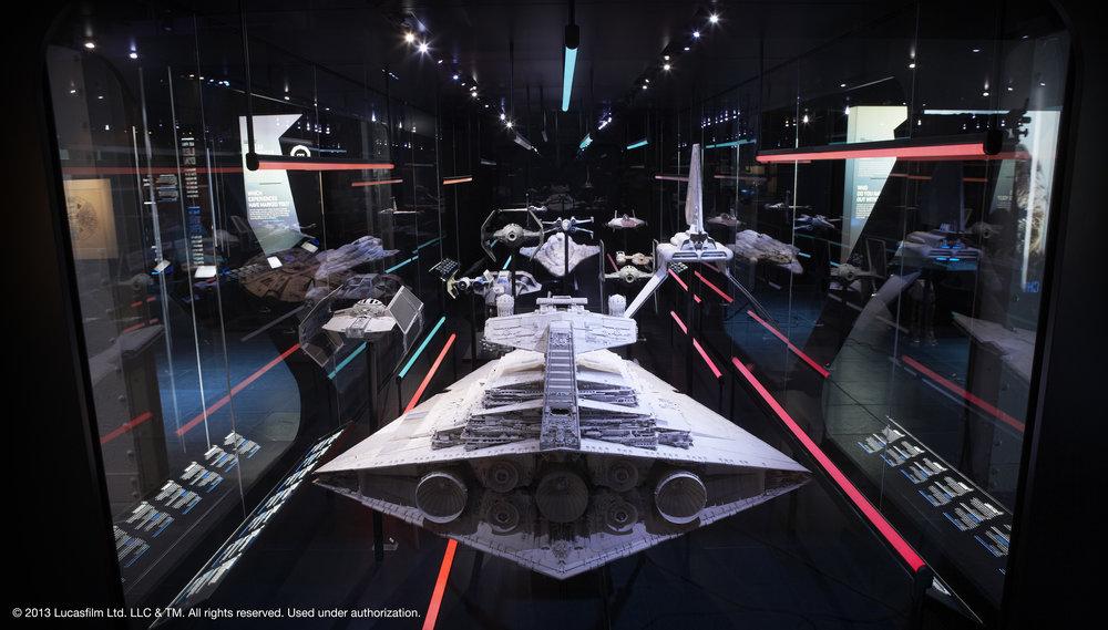 267009 spaceships eng 7924a0 large 1512637838