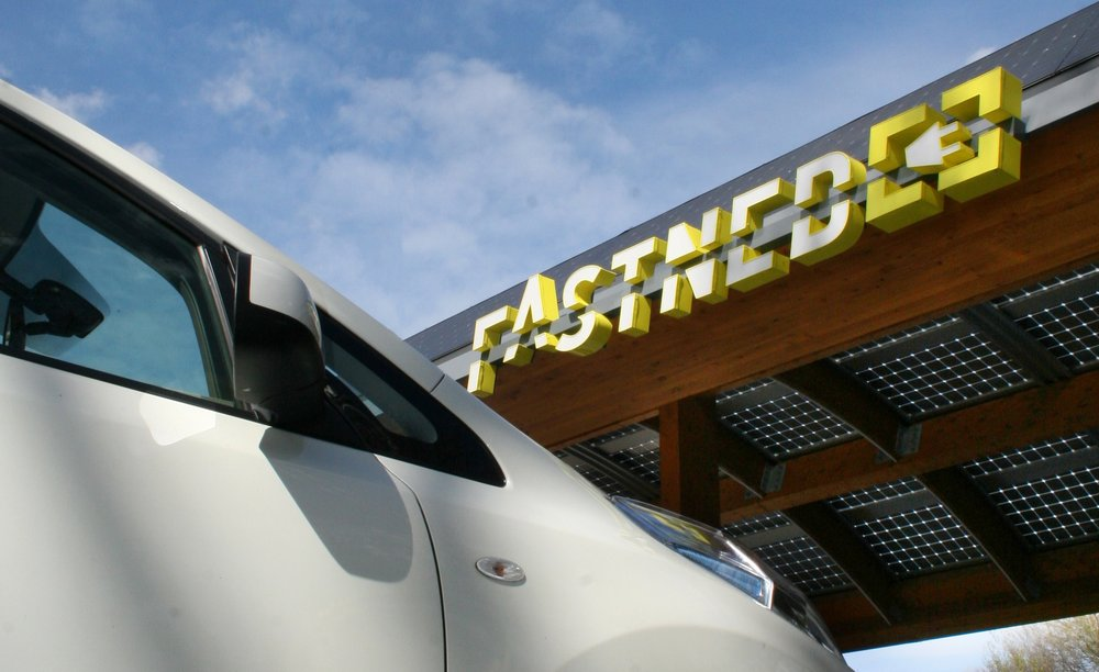 179954 nissan station fastned%20(1) 84fdae large 1442847601