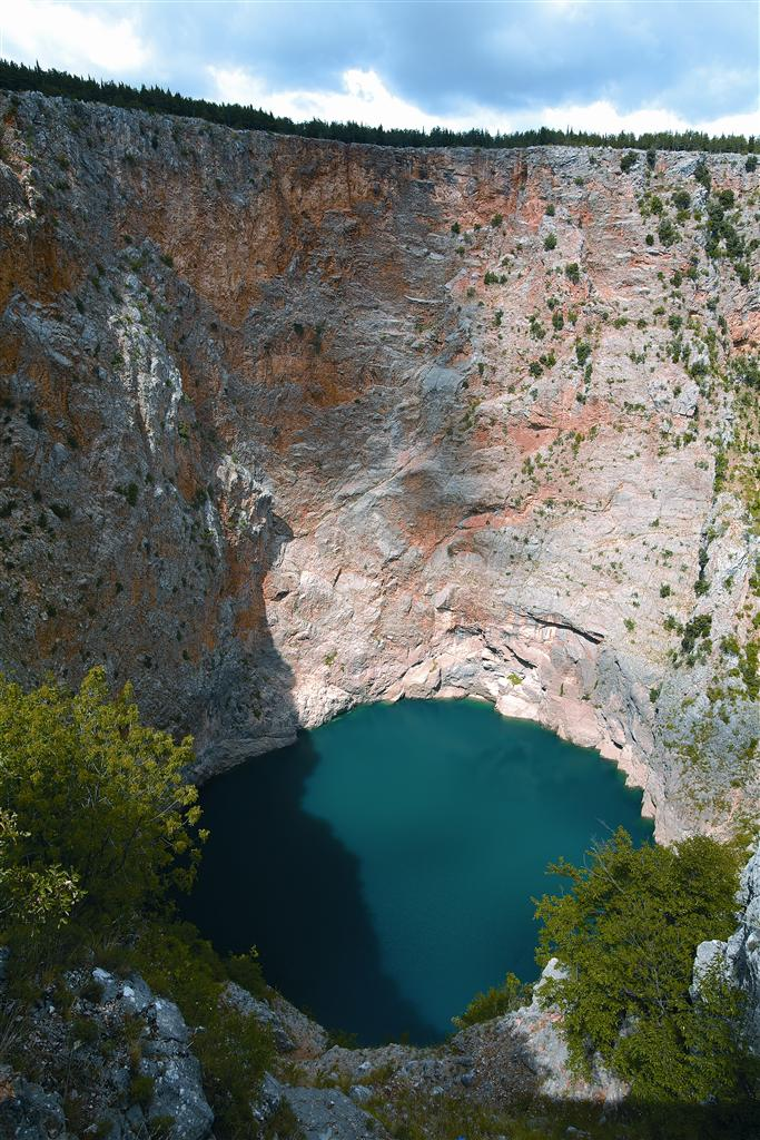 218014 1 red%20lake imotski sergio%20gobbo f0b05a original 1468585264
