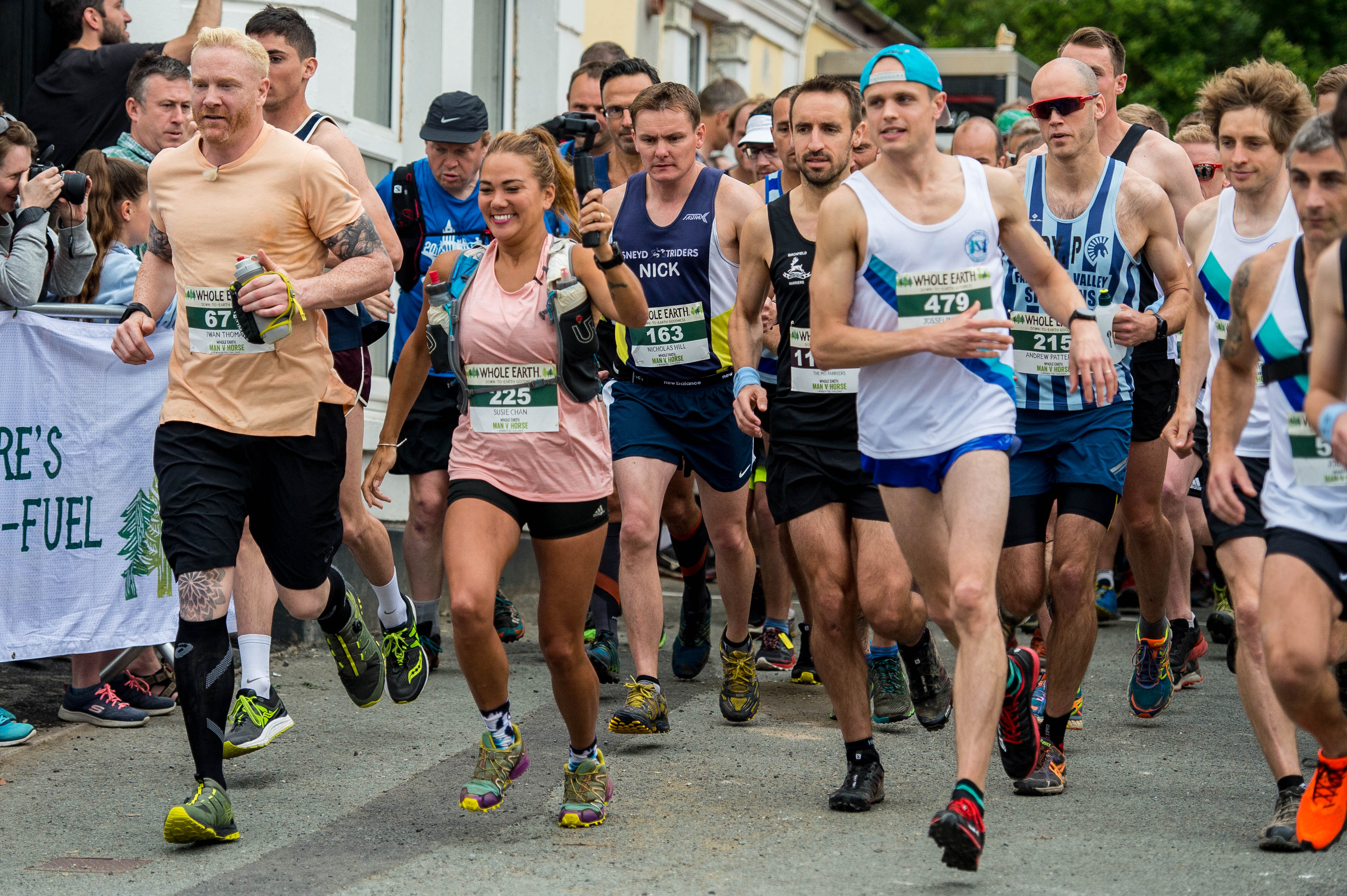 Group runners incl. Susie Chan and Iwan Thomas.jpg