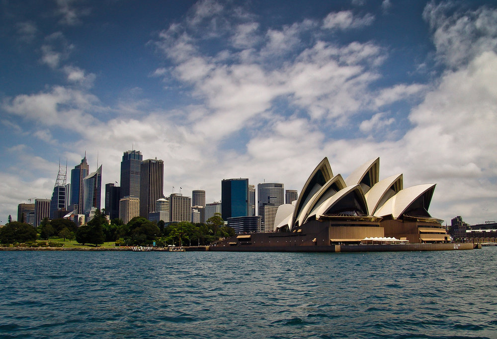 181339 sydney skyline and opera house1 4a57c5 large 1443518997