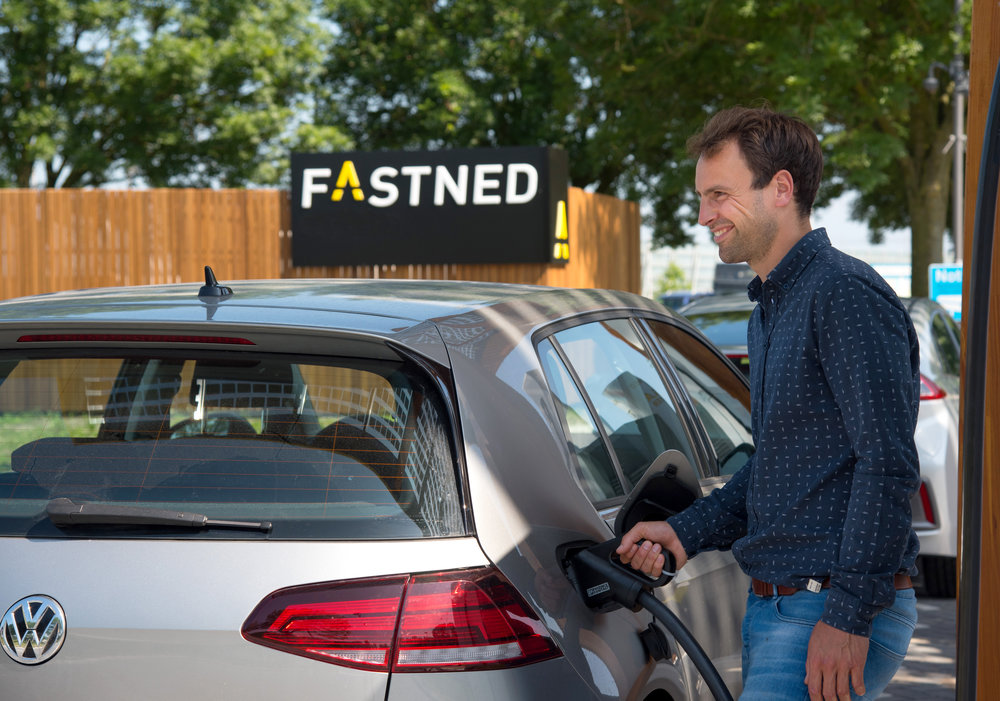 287015 fastned fast%20charging vw e0799f large 1533562875
