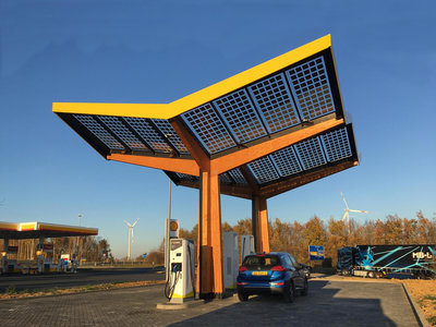 295420 fastned%20fast%20charging%20station uffenheim germany ee0ce6 medium 1541669633