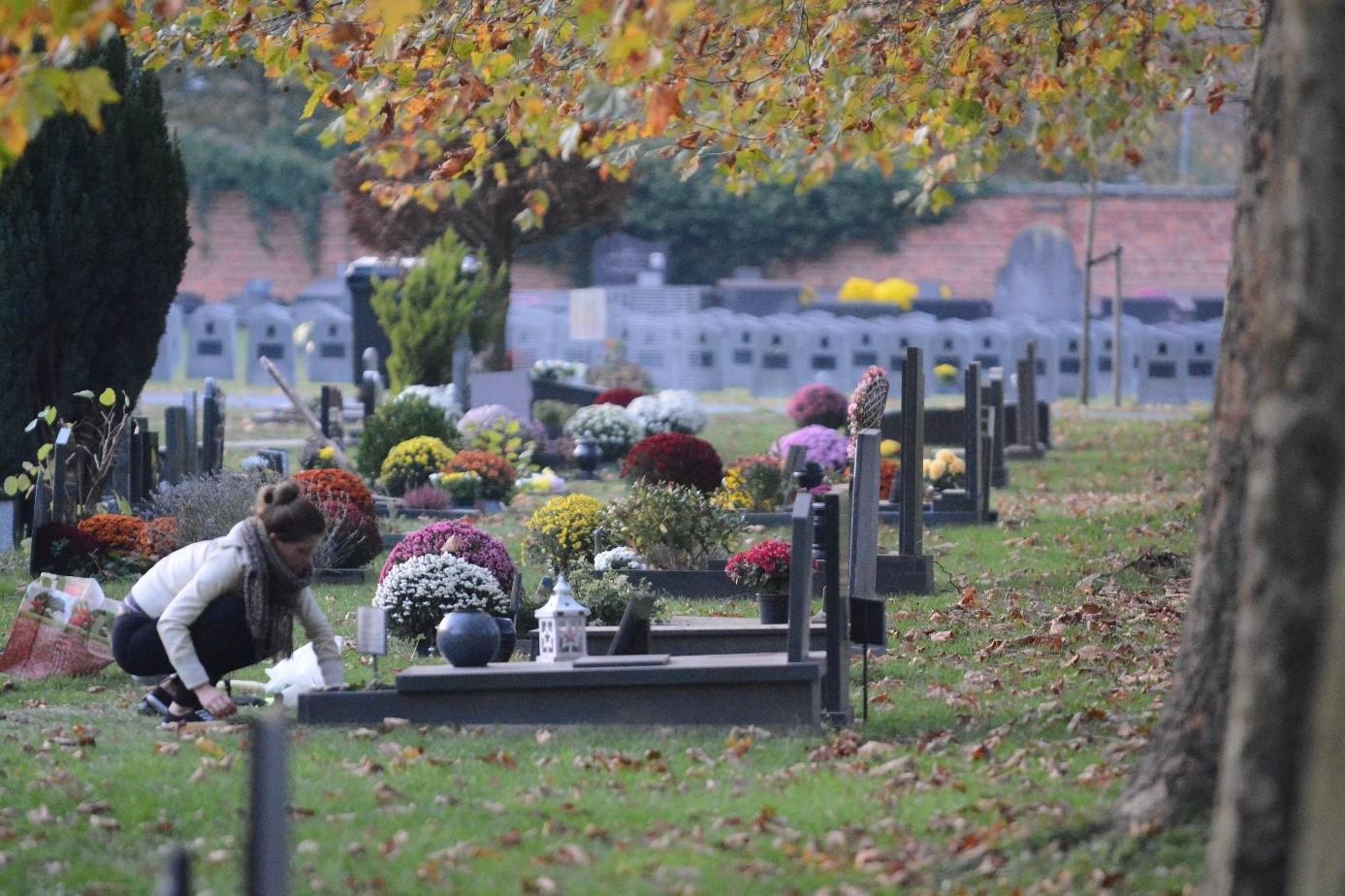 Allerheiligen begraafplaatsen.jpg