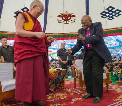 226550 dalailama%20tutu 447475 original 1475806036