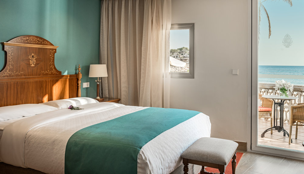 217374 (c)%20nh%20hotel%20group hesperia%20villamil room 2 8f0411 large 1468241168