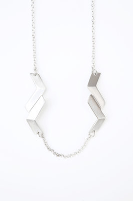 219387 dvjewellery gabarit kettingdetail c6fa4e medium 1469473514