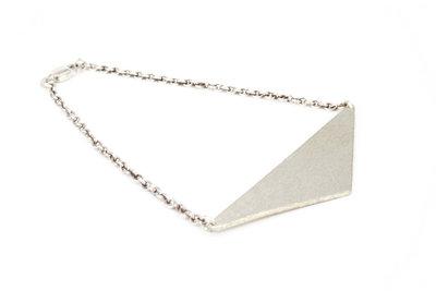 219399 dvjewellery triangulatedbracelet 36937e medium 1469473539