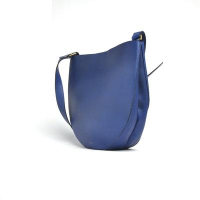 333891 els blauw 3 d8def7 medium 1570459504