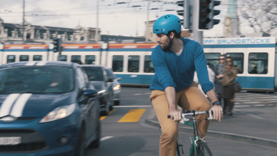 Cyclist struggling 2