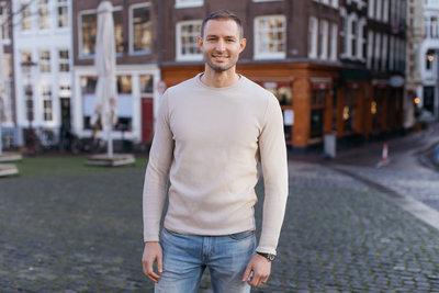 Yorick Naeff CEO - Landscape 3.JPG