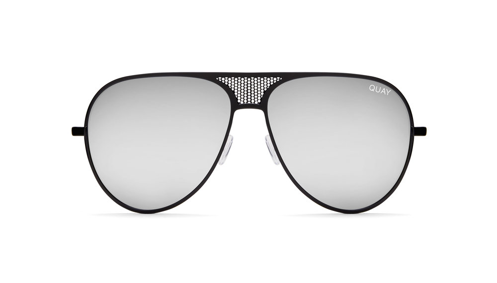 252105 quayxkylie iconic black silver front fe1a29 large 1498623420