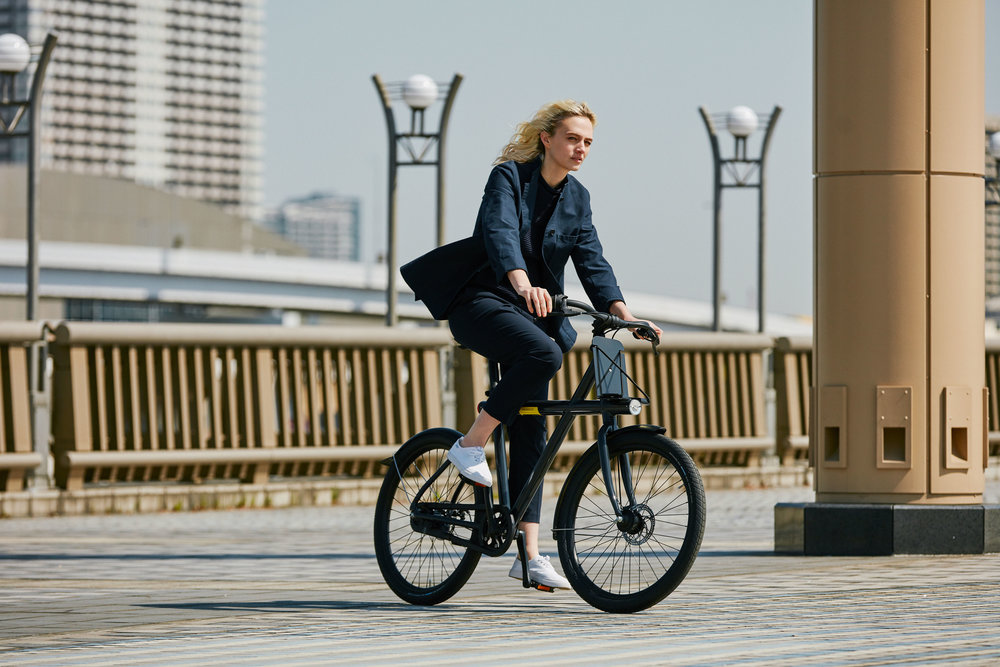 278784 vanmoof smart%20x lifestyle 02 5c7fbc large 1524662712