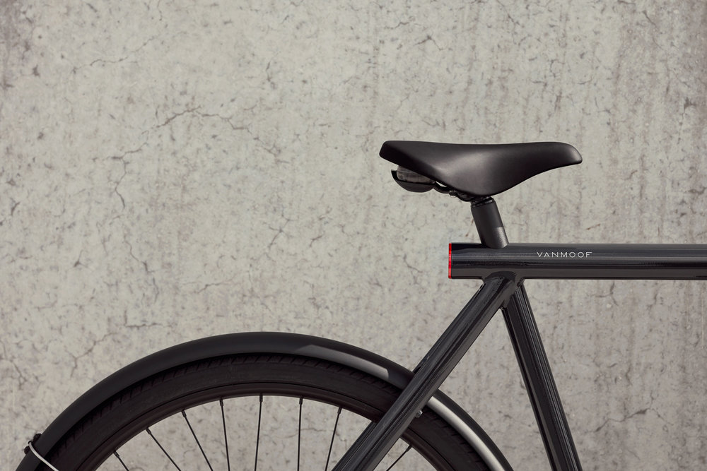 291720 2018 vanmoof es2 product lifestyle 04 011 1 c6f57d large 1538660528