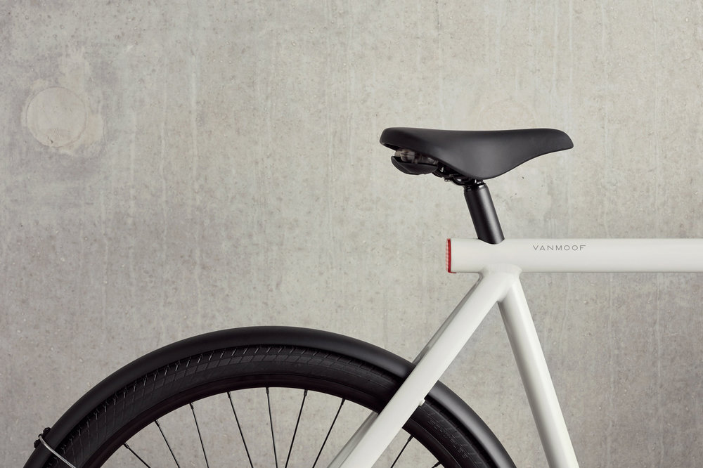 291721 2018 vanmoof es2 product lifestyle 09 303 1 84a7fb large 1538660528