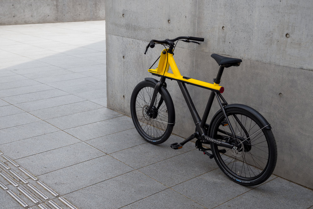 VanMoof aims to free commuters with the Tokyo-inspired Electrified X