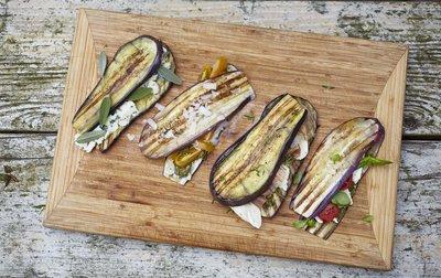 246560 auberginesandwich d34fff medium 1494255625