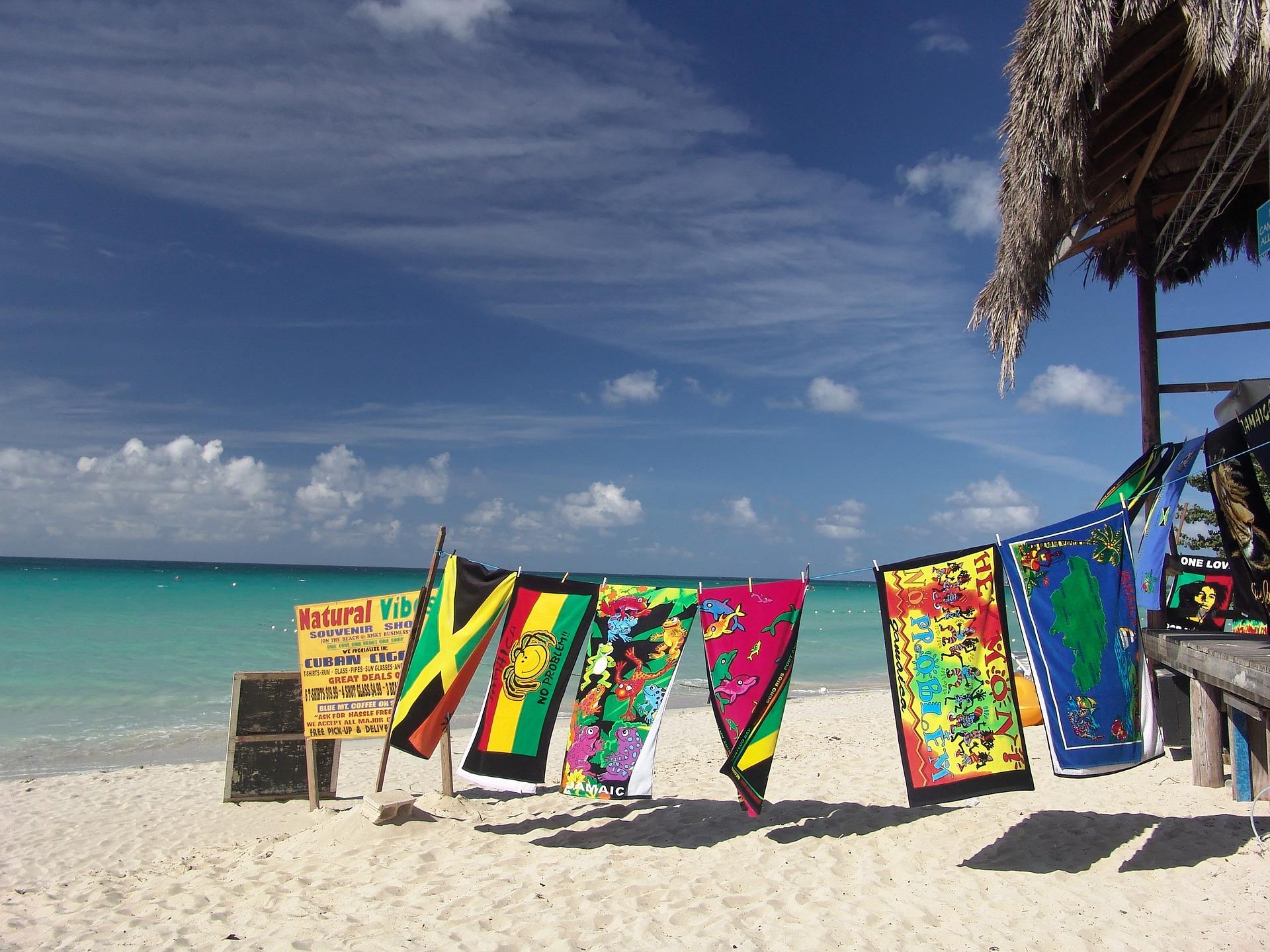 beach-1029014_1920.jpg