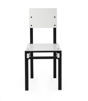 249648 rietveld%20military%20series%20chair%20white black%20front%20view c114e8 medium 1496915228