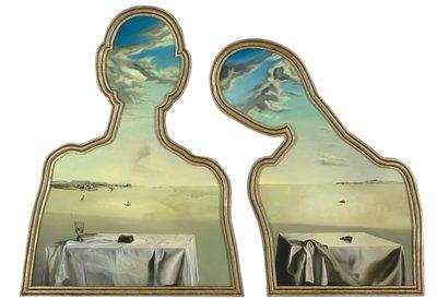 18 Salvador Dalí, Couple aux têtes pleines de nuages