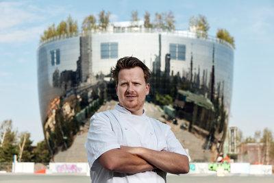 Jim de Jong, chef-kok, restaurant Renilde Depot Boijmans Van Beuningen. Foto: Aad Hoogendoorn