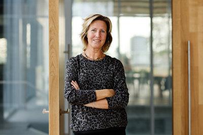 Judith van de Vliert, Medewerker Sales - horeca en winkel, Depot Boijmans Van Beuningen. Foto: Aad Hoogendoorn