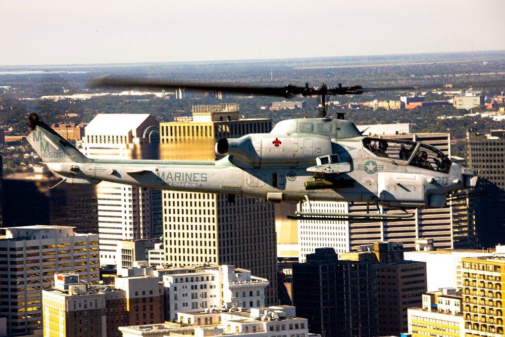 AH-1W Sundown.jpg