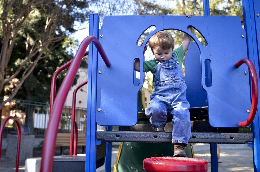 324643 playground 2457320 1920 7de2e7 large 1563799249