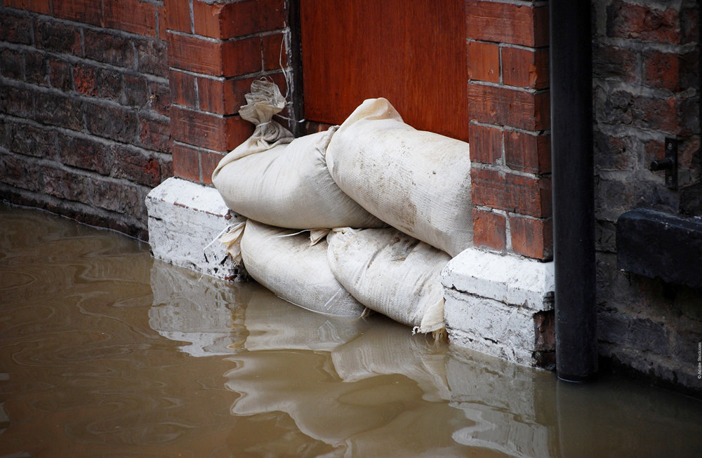 398048 006 21 banner news inondations aecd60 large 1627566309