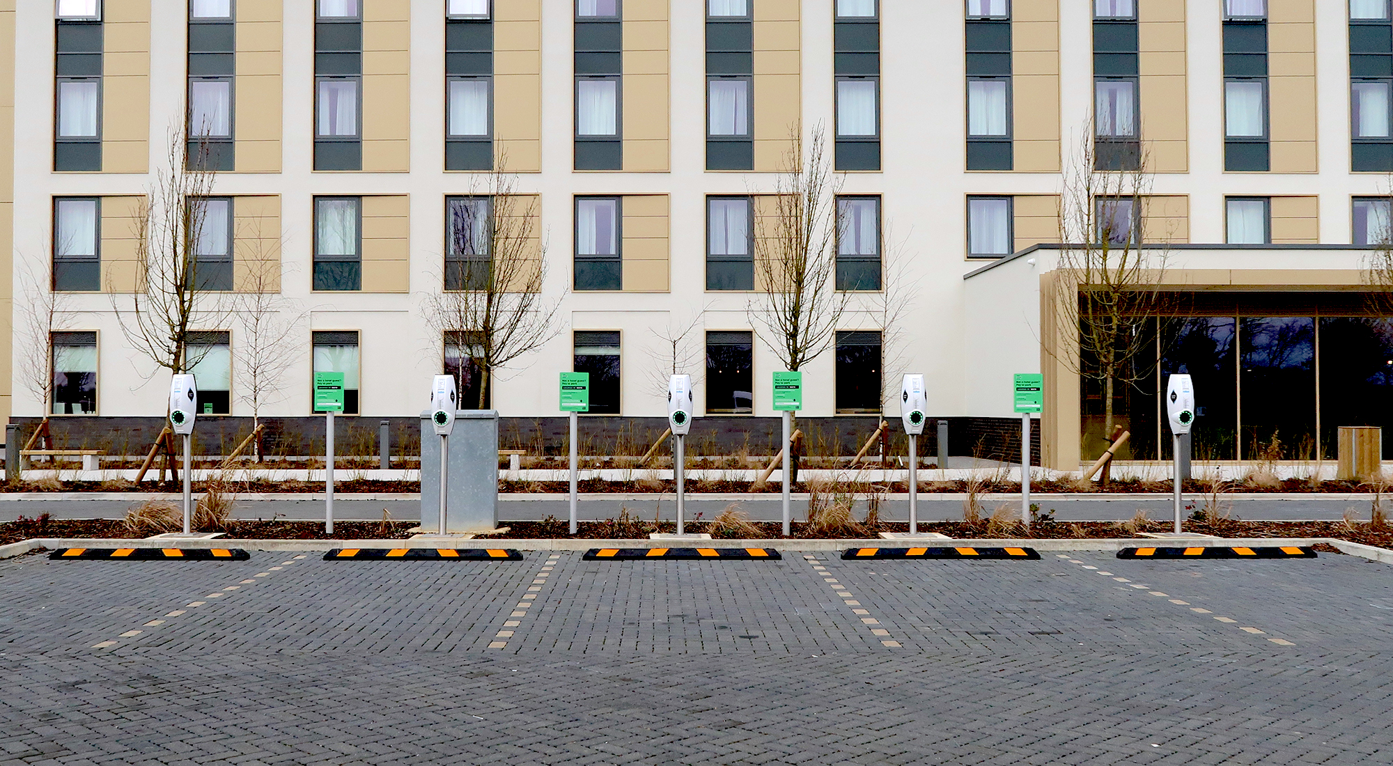 EVBox BusinessLines at the Holiday Inn Express in Bicester