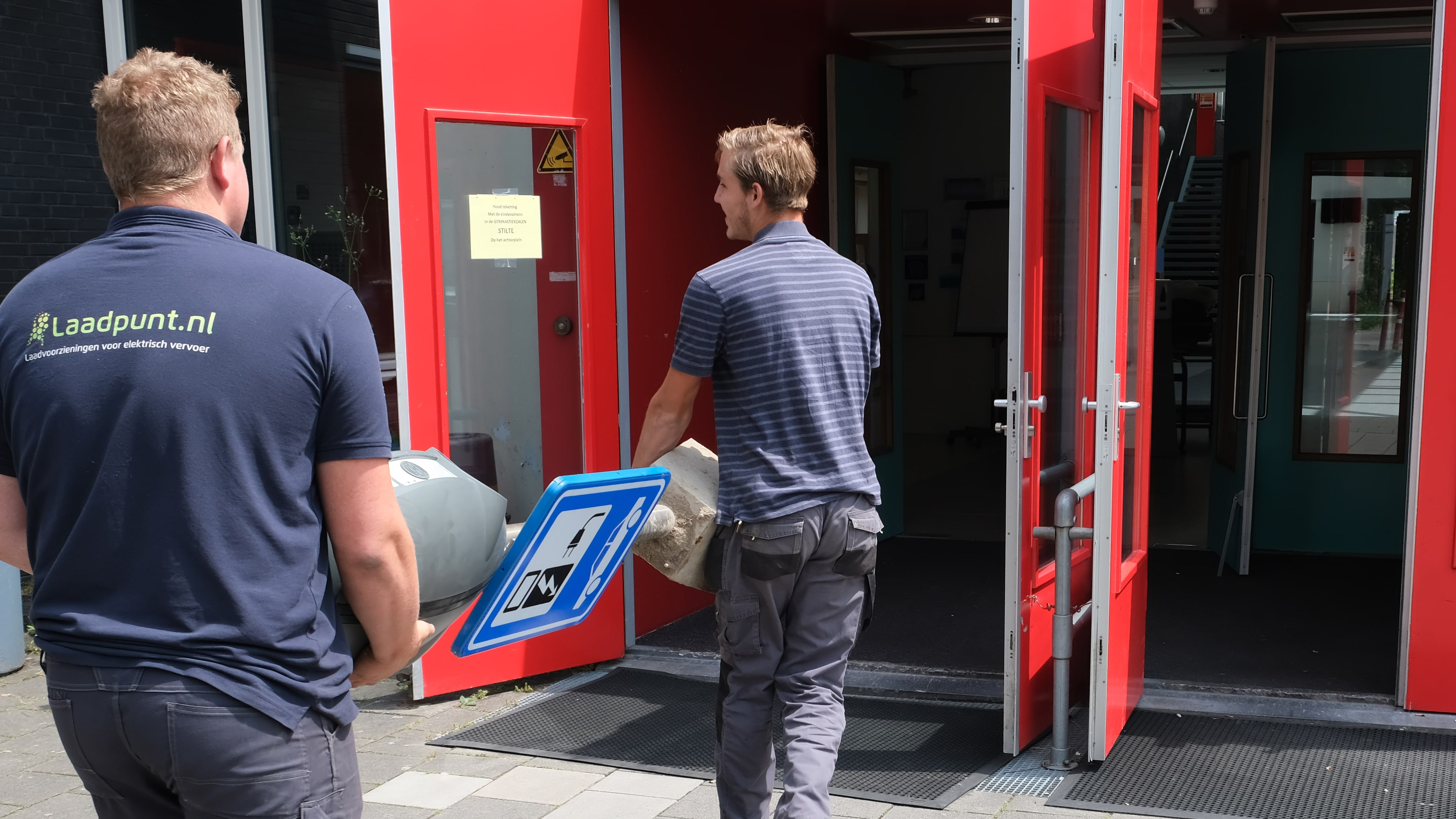 Installers from Laadpunt Nederland delivered the EVBox BusinessLine charging stations to the schools