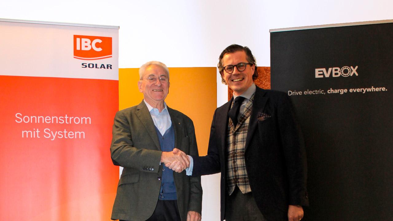 273494 partnership evbox ibc solar%20%281%29 49cc86 original 1519672941