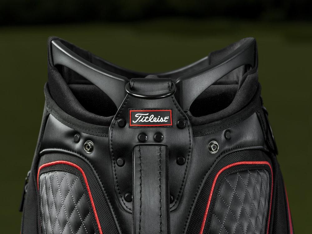 326252 2020 titleist tour bag features 4 2ec685 large 1565210707