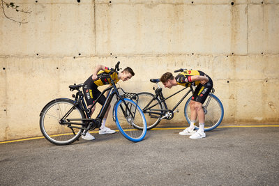 Swapfiets joins forces with Team Jumbo-Visma (from left: Rick Pluimers & Lars Boven) / Foto: Jerome Wassenaar (R4A3433)