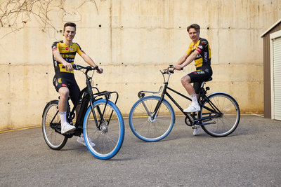 Swapfiets joins forces with Team Jumbo-Visma (from left: Rick Pluimers & Lars Boven) / Foto: Jerome Wassenaar (R4A3482)