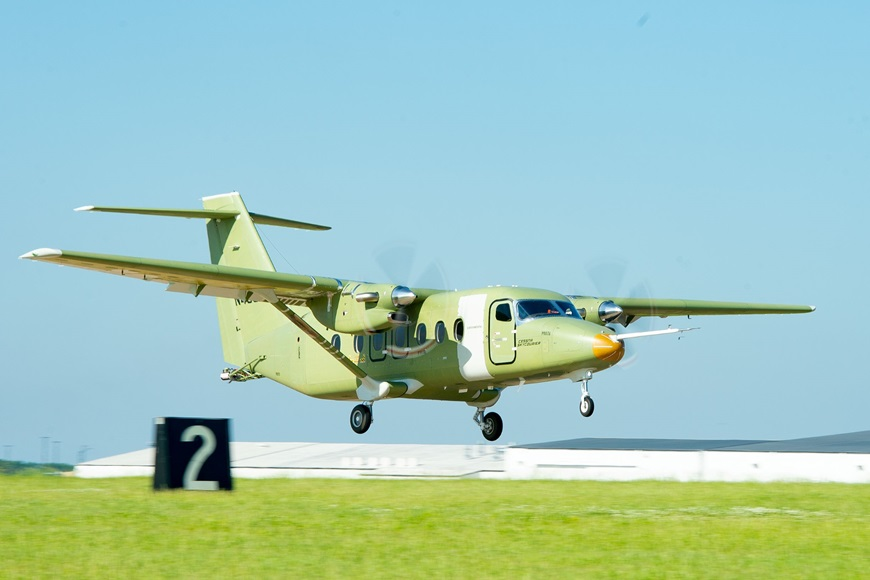 Cessna-SkyCourier-Takeoff-1.jpg