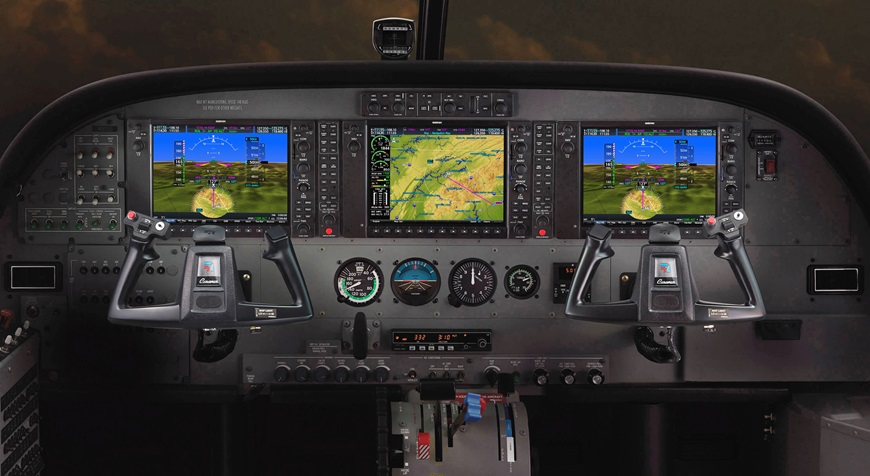 Cessna__Caravan__Cockpit-1_AudioPanel.jpg