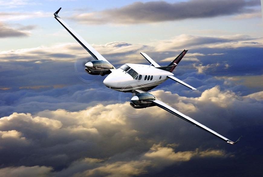 Beechcraft_KingAir_C90GTx_Photo1.jpg