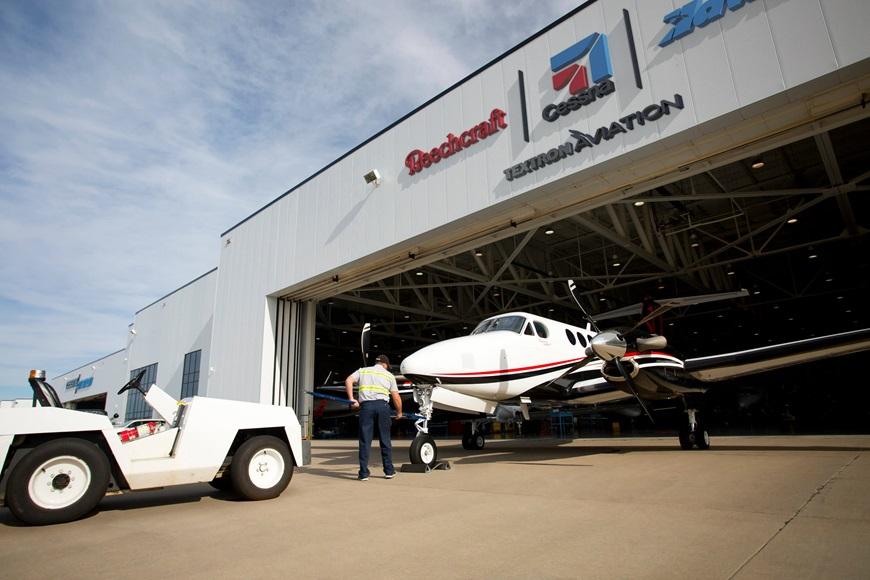 Textron_Aviation_Service_Photo4.jpg