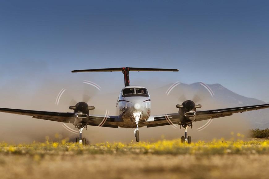KingAir_350ER_gravel.jpg