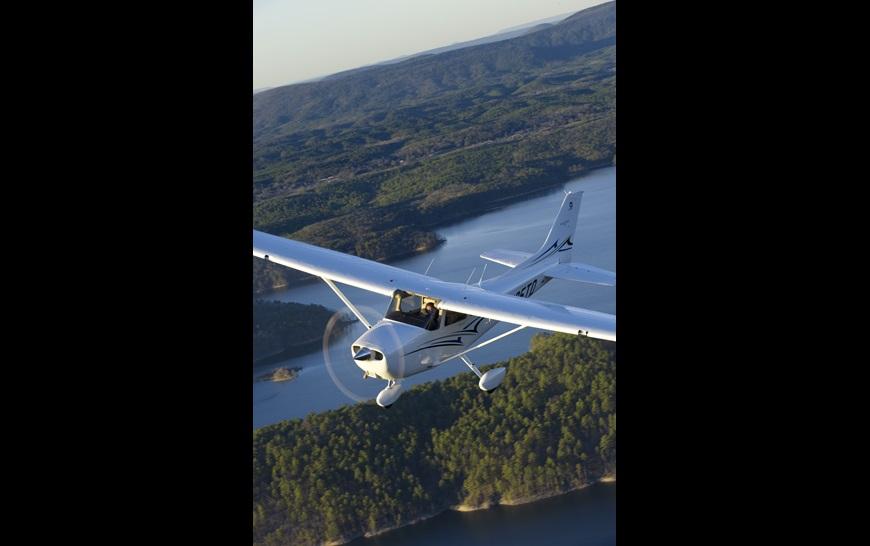 CessnaSkyhawk.jpg