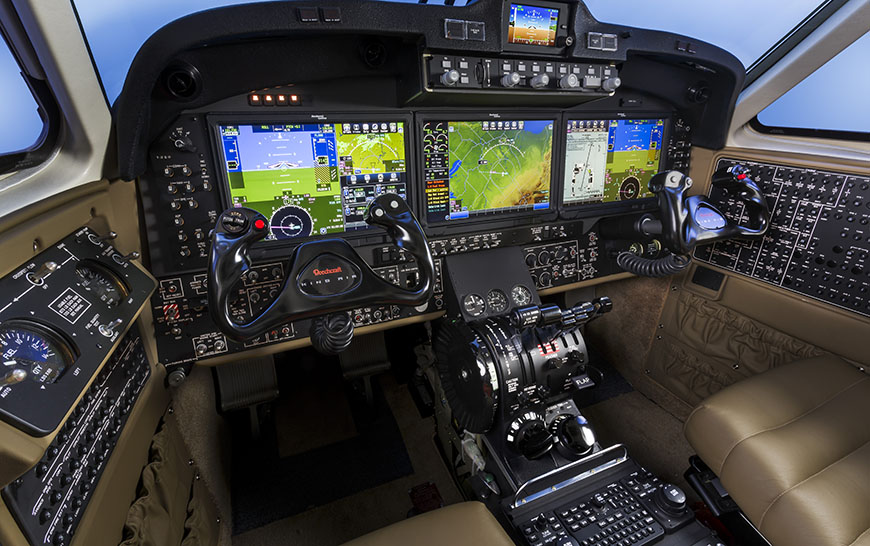 Beechcraft_King_Air_350i_Fusion_Cockpit_sized.jpg