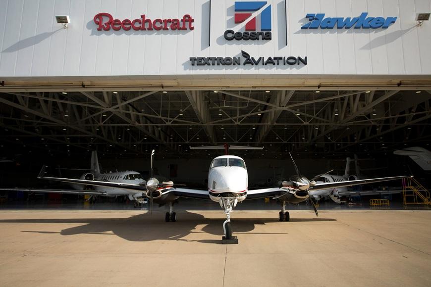 Textron_Aviation_Service_Photo5.jpg