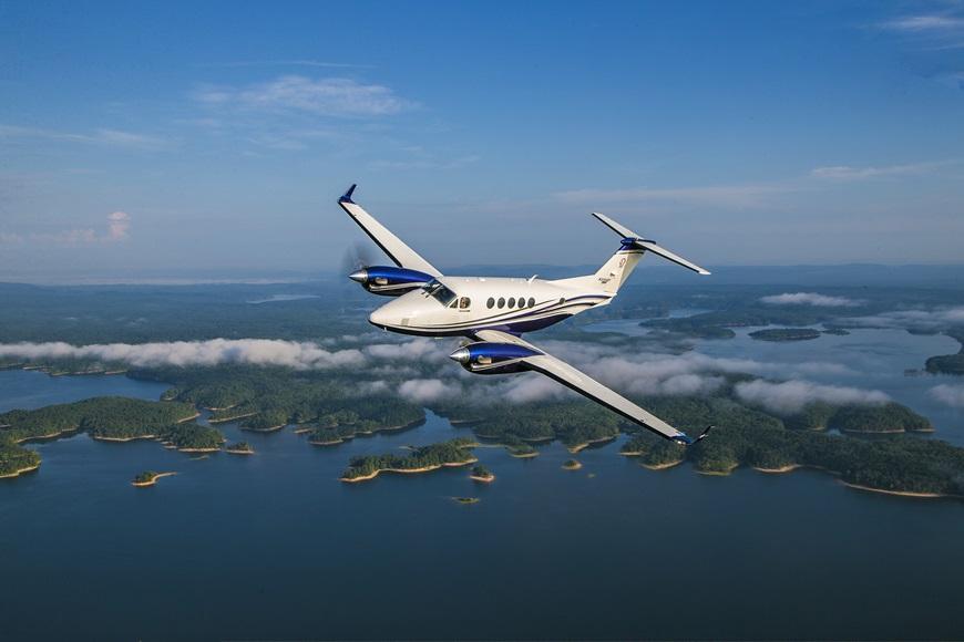 King-Air-260-in-Flight.jpg
