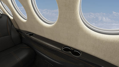 King-Air-360-Interior-Sideledge