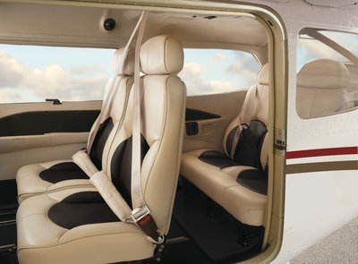 Cessna_Skylane_4