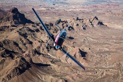 Beechcraft_T-6C_mountains